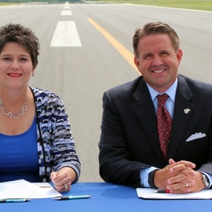 ACTC President Kay Adkins and EKU President Michael Benson (Photo courtesy ACTC)